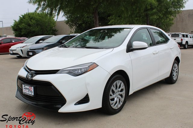 Pre Owned 2017 Toyota Corolla Le