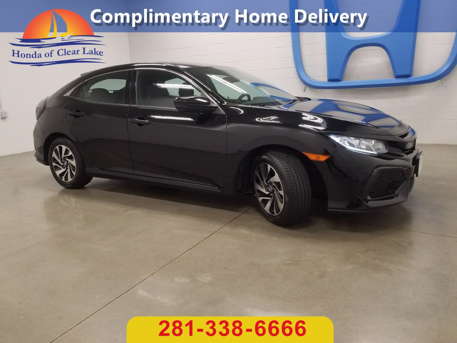 Pre-Owned 2017 Honda Civic Hatchback LX
